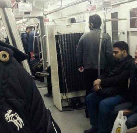 حمل یخچال با مترو در تهران !